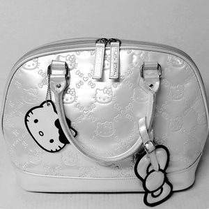 Hello Kitty Loungefly Ivory Patent Leather Satchel